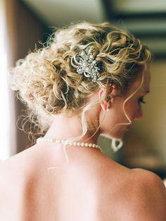 "real wedding: julia + marlon | ""elsa"" tara latour wedding dress | donna beth creations veil | encore style floral design | connie whitlock photography |"