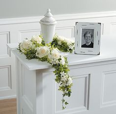 Urn Arrangements for the Family | Funeral Flowers by Lorraine | Fairfield County, Connecticut