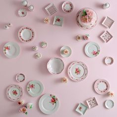 English Home Porcelain Collection I Pastel Inspiration