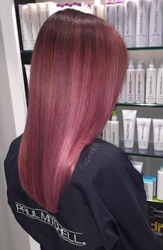 Mauve pink hair Muted mauve red violet hair with highlights Dark Pink Hair, Red Violet Hair, Hot Pink Hair, Hair Color Dark, Cool Hair Color, Purple Hair, Pink Purple, Burgundy Hair, Level 7 Hair Color