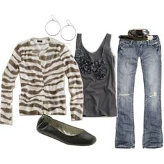 Perfect for a Fall day out...Love that the cardi is almost zerbra-isc (new word) with the pattern.