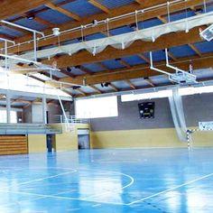 Escuelas de tecnificación de fútbol en polideportivo cubierto.