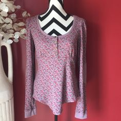 Floral Betsey Johnson Top In excellent condition no flaws very cute Betsey Johnson Tops