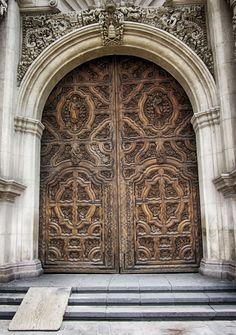 Puerta de la Catedral de Saltillo, Coahuila, Mexico