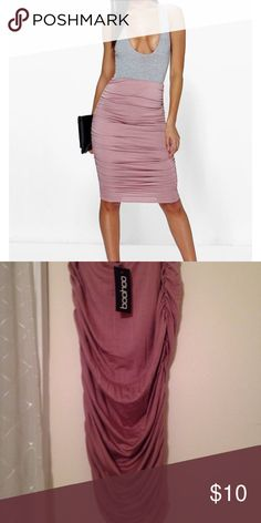 Rouched Lilac Midi Skirt Midi purple skirt perfect to pair with crop tops and body suits. Never been worn Boohoo Skirts Midi