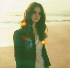 Shared by Lana Del Rey. Find images and videos about indie, Queen and lana del rey on We Heart It - the app to get lost in what you love. Lana Del Rey Ultraviolence, Lana Del Ray, Lana Rey, Lana Del Rey Hair, Dan Auerbach, Trip Hop, Beautiful Witch, Beautiful People, Beautiful Hearts