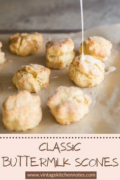 These are soft, fluffy and ready in less than an hour! Check out my top tips for making the best ones. Scone Recipes, Best Breakfast Recipes, Healthy Dessert Recipes, Brunch Recipes, Breakfast Ideas, Savory Scones, Savoury Dishes, Desserts For A Crowd, Easy Desserts