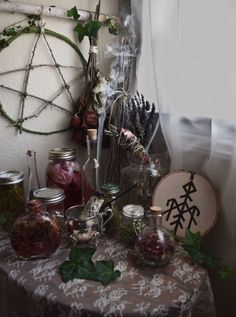 Discovered by Vivid Void. Find images and videos about wicca, witchy and ritual on We Heart It - the app to get lost in what you love. Wicca Altar, Wicca Witchcraft, Orange Pastel, Witch Room, Wiccan Decor, Witch Aesthetic, Aesthetic Dark, Aesthetic Bedroom, Aesthetic Fashion