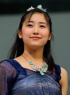 新曲の発売イベントに登場した、モーニング娘。'14の佐藤優樹さん(東京都豊島区)(2014年04月16日) 【時事通信社】