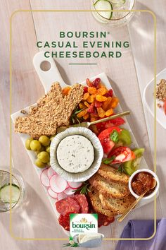 Created while keeping your cupboard in mind, the Boursin® Casual Evening Cheeseboard will elevate any stay-in date night. Healthy Appetizers, Appetizers For Party, Healthy Recipes, Cheese Appetizers, Tapas Recipes, Grilling Recipes, Cheese Twists, Best Macaroni Salad, Gourmet
