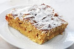 Η μπουγάτσα της Τατιάνας Greek Sweets, Greek Desserts, Greek Recipes, Food Categories, Banana Bread, Sweet Home, Dessert Recipes, Appetizers, Cooking