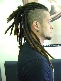 dreacklocks - Búsqueda de Google Dreadlock Mohawk, Dreadlocks Men, Dreadlock Hairstyles For Men, Dreadlock Styles, Dreads Styles, Braided Hairstyles, Cool Hairstyles, Locs, Latest Hairstyles