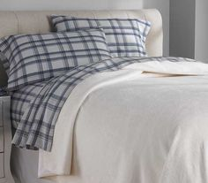 Flannel Sheets and Blankets from Tuesday Morning #TuesdayMorning #seektheunique #flannel #bedding #sheets #linens