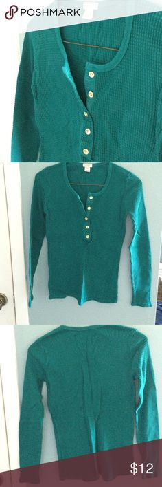 xxs j crew teal thermal shirt Cute and warm thermal top from jcrew. Gold buttons. Xxs but fit me fine I usually wear xs or s. MOVING SALE 💥👙👚👖 EVERYTHING IN MY CLOSET MUST GO!! I can't try anything on as I am pregnant and no longer fit most of these clothes 👶🏻 ANY REASONABLE OFFER ACCEPTED! J. Crew Tops