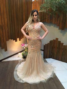 vestido madrinha dourado nude