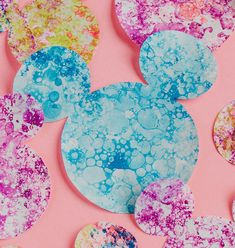 Coloring with bubbles and food dye Origami Paper, Diy Paper, Paper Art, Projects For Kids, Art Projects, Bubble Art, Japanese Paper, Disney Family, Art For Kids