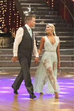 "Week 5   Bill Engvall and Emma Slater dance Viennese Waltz to the song: ""She's Always a Woman"" by Billy Joel Judges' Scores: 8+8+8 = 24"