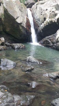 La mina Falls El Yunque Puerto Rico