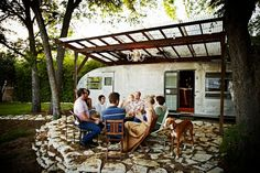 Other in Austin, United States. Modern remodeled Spartan on a large shaded lot.  Super cold AC and 300 Mbps Fiber Internet!  Located in central East Austin: blocks to Manor Road restaurants, bars, and coffee shops. Close to UT campus and East 6th entertainment district.  Fully r...