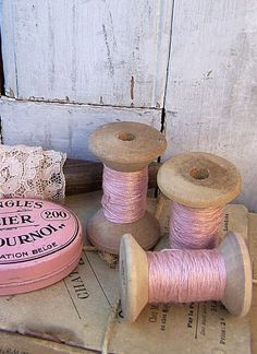 Pink vintage thread- LOVE the thread and spools! Cute decor