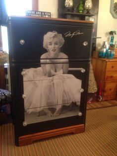 Gloria Jeans Heartfelt treasures has such talent and this is one of the pieces that we can create another one-of-a-kind Marilyn Monroe Dresser...just stunning!