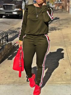 casual womens fashion that look gorgeous:) Style Outfits, Sporty Outfits, Swag Outfits, Classy Outfits, Summer Outfits, Fashion Outfits, Womens Fashion, Ladies Fashion, Fashion Top