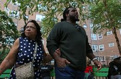 Jets' Willie Colon Attends to His South Bronx Roots - NYTimes.com
