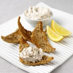 Tangy Smoked Mackerel Pâté from MasterChef Cookery Course ~ Smoked Mackerel Pate, Beet Burger, Mackerel Recipes, Appetisers, Fish Dishes, Appetizers For Party, Gourmet Recipes, Yummy Recipes, Recipies