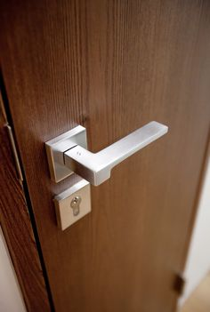 #Hefele Door Handles, Doors, Home Decor, Homemade Home Decor, Decoration Home, Door Knobs, Doorway, Interior Decorating, Door Knob