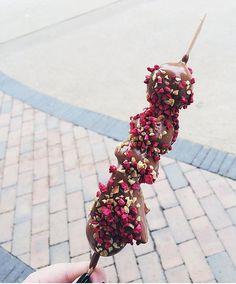 Copenhagen deliciousness  #yummy #chocolate #treat #fruits #copenhagen #throwback #foodporn #food #iloveit #iphone #inspire #inspiration #romantic #beautiful #pink  Yummery - best recipes. Follow Us! #foodporn