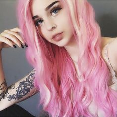When you care for your hair your whole life changes. Good hair tells other people that you are put together. Few people can resist or deny the appeal of a Pastel Pink Hair, Pink Wig, Synthetic Lace Front Wigs, Synthetic Wigs, Corte Bob, Blond, Silk Hair, Coloured Hair, Grunge Hair