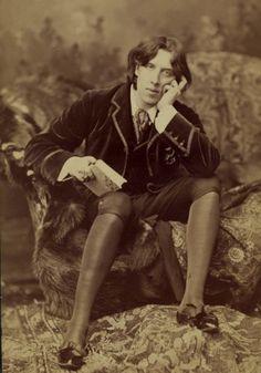 Napoleon Sarony, fue un litógrafo y fotógrafo canadiense-estadounidense dedicado a la fotografía de retrato a finales del siglo XIX.  Nació ...
