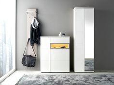 Мебель для прихожей - это первое, что видят ваши гости. Поменять мебель в доме, непростая задача, особенно если это касается прихожей.