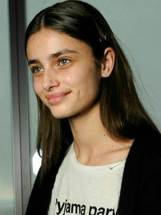 I miss my girls Taylor Marie Hill, Taylor Hill Hair, Taylor Hill Style, Cute Girl Photo, Beautiful Girl Photo, Milky Way Photography, Baby Taylor, Celebrity Skin, Celebrity Hairstyles
