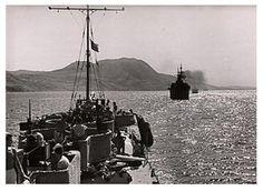 Convoy italiano escoltado por un torpedero tipo Spica