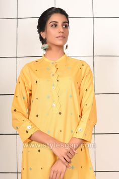 Indian Paksitani Stylish & Best Neckline Gala Designs for Asian Girls 2020 Collection for Asian Women consists of simple casual, heavy formal neck styles Asian Woman, Asian Girl, Gala Design, Neckline Designs, Neck Pattern, Kurti, March, Indian, Embroidery