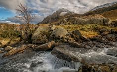 Download wallpapers Snowdonia National Park, Mountain river, autumn, waterfall, Wales, Snowdonia, UK