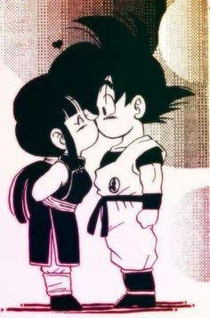 Goku and Chi-Chi I swear the only reason I save some pins is to correct the name misspelling! Goku was gaku. Goku E Chichi, Milk Y Goku, Home Bild, Dragon Ball Gt, Dragon Bollz, Animes Wallpapers, Sketches, Animation, Drawings
