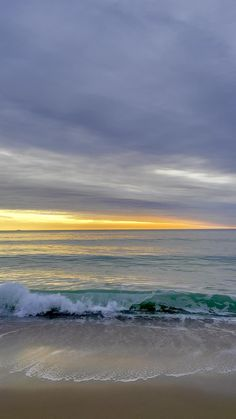 Beautiful Beach Pictures, Beautiful Photos Of Nature, Beautiful Ocean, Beautiful Landscapes, Ocean Pictures, Ocean Photos, Sunrise Photography, Nature Photography, Beach Scenery