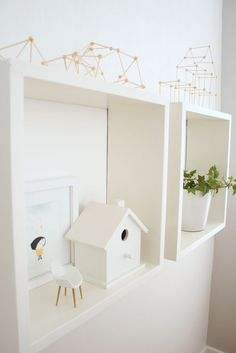 I need to paint white my little bird house