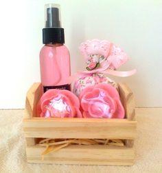 Aromatizador Spray 120 ml + sachê + 2 sabonetes artesanais.