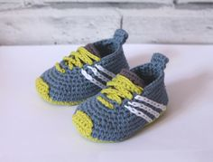 "CROCHET PATTERN baby sneakers - ""Federation Runners"" - cute modern baby patterns, babyshower trending ideas, gift, girl boy present - Häkeln - Baby World Baby Knitting Patterns, Baby Patterns, Crochet Patterns, Knitting Terms, Baby Shoes Pattern, Shoe Pattern, Crochet For Boys, Crochet Baby Booties, Boy Crochet"