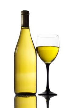 Best Chardonnay | Best Wine Making Techniques: Use Of Wooden Casks Or Steel Tanks For ...