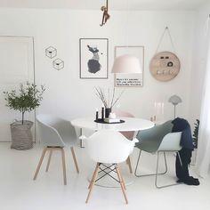 Rainy day  need some candles  #ninterior #interior4all #interior2you #inspohome #interior_magasinet #interiors #interiorwarrior #interiorforinspo #immyandindi #ssevjen #boligmagasinet #boligplussminstil #bonytt #nordicinspiration #nordiskehjem #nordichomes #homeinspo #interiordetails #myhome #livingroom #details #design #interior123 by camillaathena