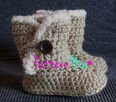 Ravelry: Snuggle Baby Boots pattern by Rebecca PatternMa