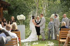 Summer wedding, wedding ideas, mountain wedding, luxe wedding, luxe mountain wedding, Stein Eriksen Lodge, Utah weddings.  Photos: Pepper Nix Photography Planner: Fuse Weddings and Events
