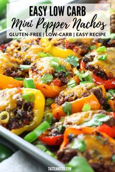 Eating Meals Low Carb These Easy Low Carb Nachos are perfect for meal prep and they're gluten-free! Mexican stuffed peppers with lean ground beef, black beans, tomatoes, green chilies and a zesty blend of Mexican spices. Mexican Food Recipes, Beef Recipes, Healthy Recipes, Low Carb Mexican Food, Skillet Recipes, Sauce Recipes, Low Carb Recipes, Couscous, Meal Prep