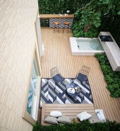 GING Garden top view A roof garden is a kind of garden situated about the roo. Terrace Floor, Terrace Garden, Modern Landscaping, Backyard Landscaping, Small Gardens, Outdoor Gardens, Roof Gardens, Outdoor Rooms, Outdoor Living