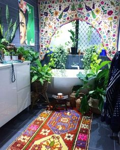 When the noise of the world gets too loud & too crazy, you will find me riiiiiight here. ✌️ My bohemian jungle bathroom. Surrounded by the earth, art, textured beauties & delicious textiles. And I aint sorry www.thewishingtrees.com