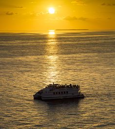 Key West places to stay, hotel key west, Party Key West hotels, Key West things to do Key West Attractions, Key West Hotels, Key West Sunset, State Of Florida, Happy Family, Top Ten, Water Sports, Live Music, Sailing